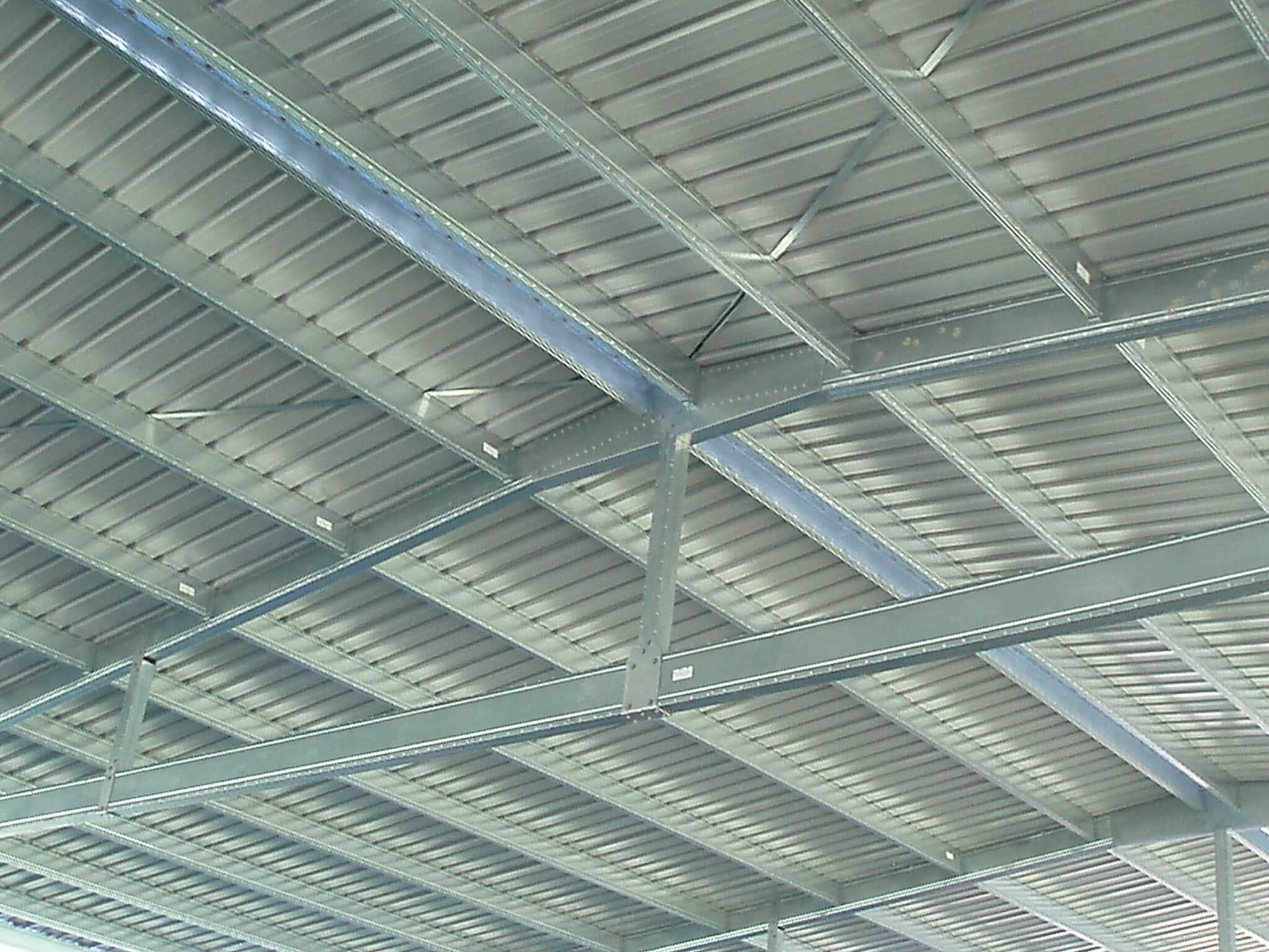 Wide spanning Boxspan roof trusses