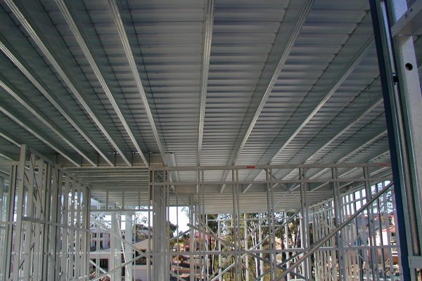 Boxspan upper floor frame supporting liteslab flooring