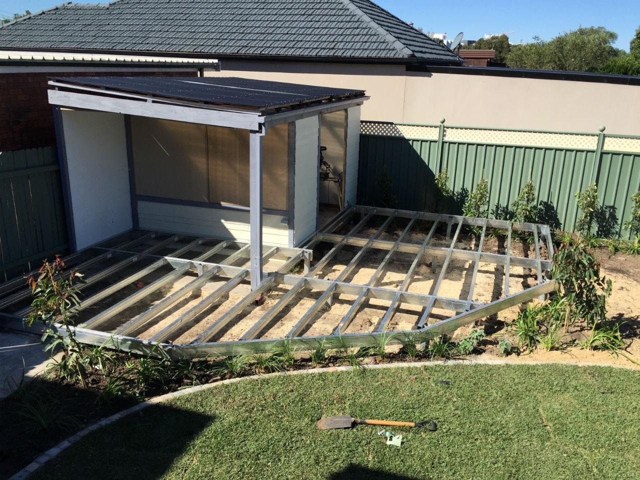 Low-set Boxspan steel deck frame