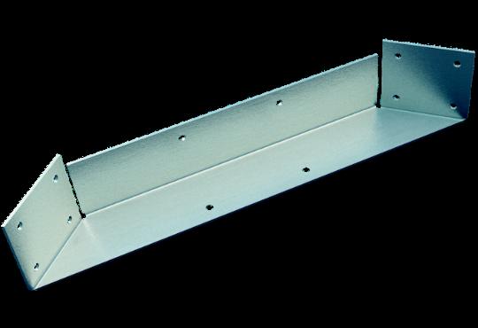 Deck corner bracket