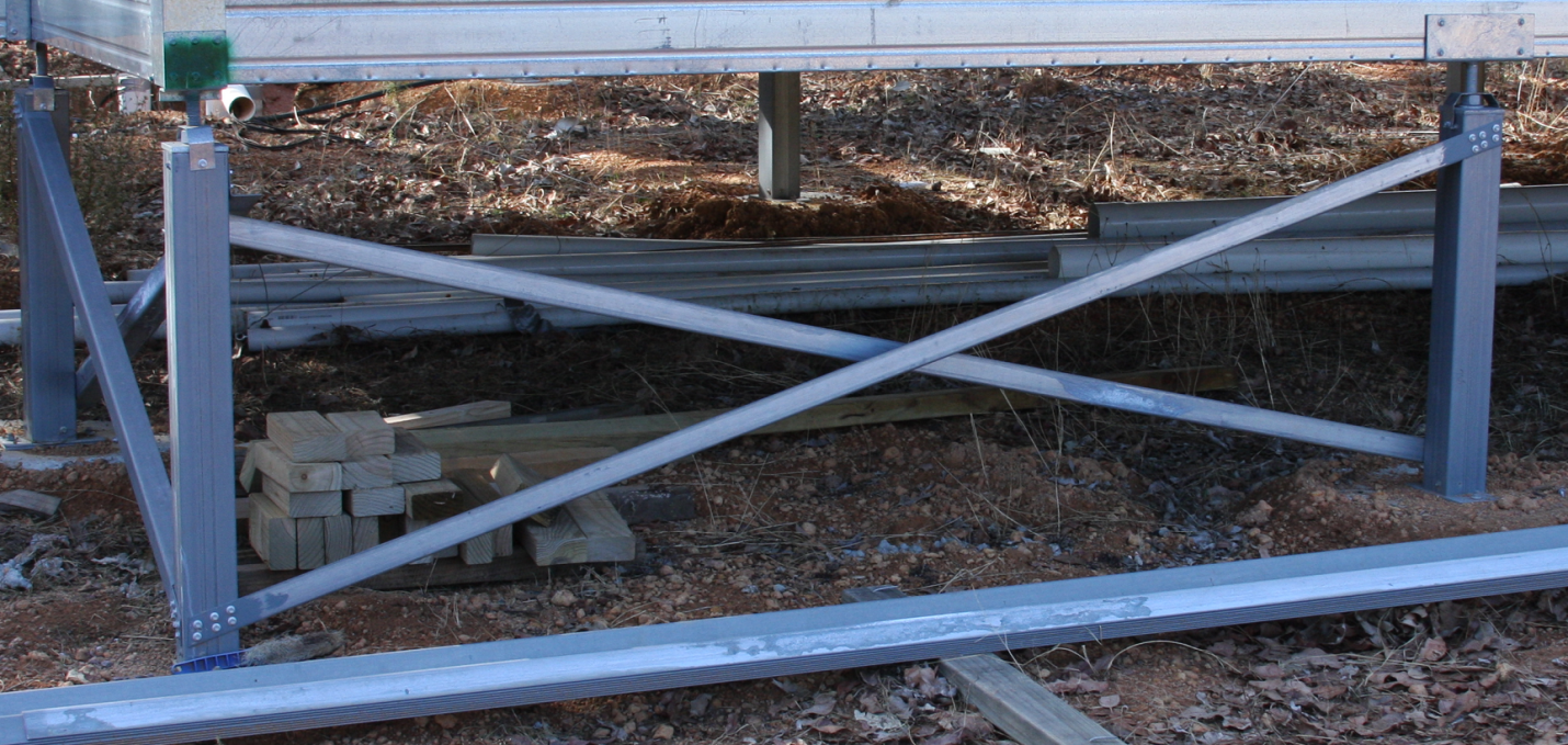 Ezipier adjustable pier heads support a Boxspan floor frame