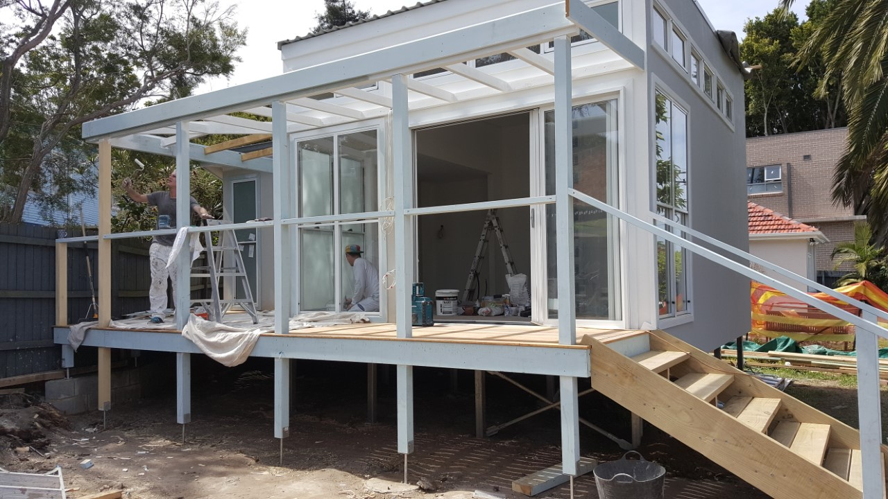 Granny flat on timber floor frame supported by Ezipier